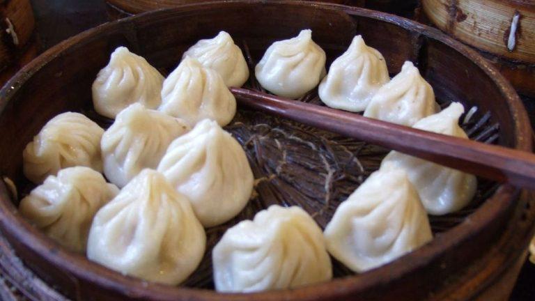 Prueba la sopa xiao long bao